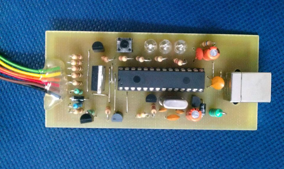 USB PIC Programmer PICKit2