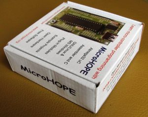 MicroHOPE Atmega32 Development Kit
