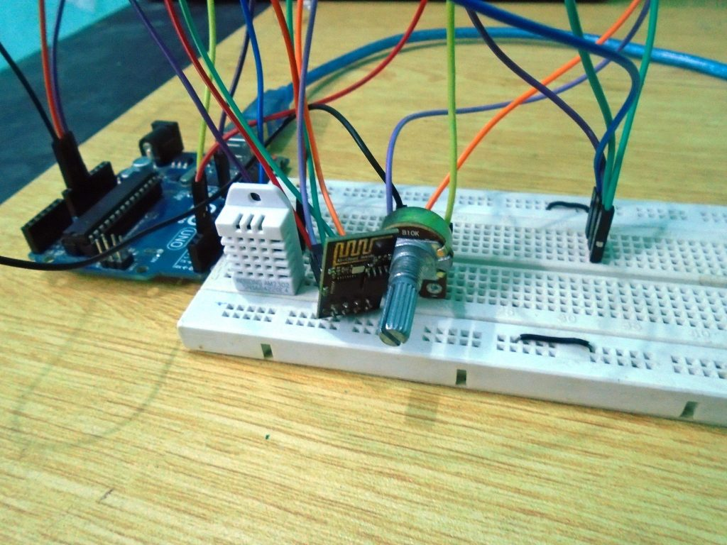 Weather Station Using Aruino Web Server Iot Ccs Lm35 Temperature Sensor Example With Pic16f877 Lcd Electronics
