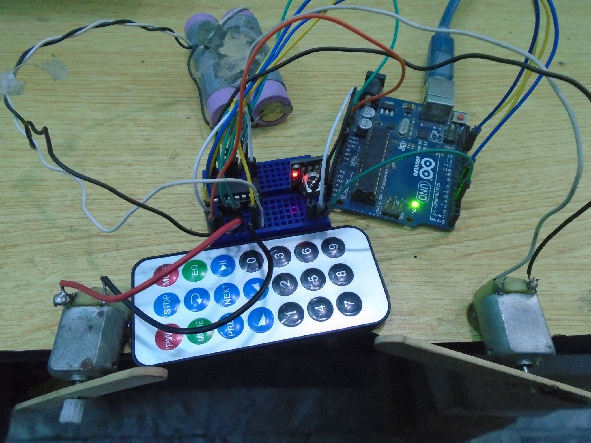 Controlling Dc Motors Using Arduino And Ir Remote Solved My Rf Controlled Car Circuit