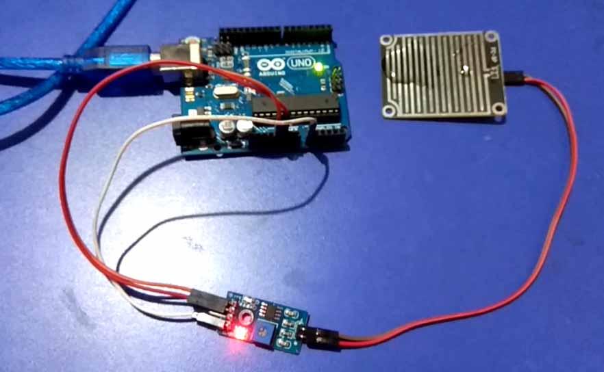 Interfacing Rain Sensor with Arduino Uno - Tutorial